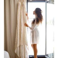 ♡ Blandine et sa sublime robe de mariée avec une belle traîne, entièrement rebrodée de petites pétales à la main, avec un bustier échancré en transparence, une emmanchure américaine donnant sur un beau dos nu…✨ #ChantalTemamBrides⠀⠀⠀⠀⠀⠀⠀⠀⠀⠀⠀⠀⠀⠀⠀⠀⠀⠀⠀⠀⠀⠀⠀⠀⠀⠀⠀⠀⠀⠀⠀⠀⠀⠀⠀ #LaMarieeByChantalTemam⠀⠀⠀⠀⠀⠀⠀⠀⠀⠀⠀⠀⠀⠀⠀⠀⠀⠀ 👰🏻♀️ : @blan_di_nee ⠀⠀⠀