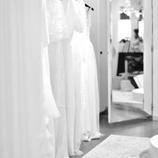 Vous rêvez d'une robe de mariée sur-mesure et unique ? Venez découvrir notre boutique/showroom en plein cœur du 16ème arrondissement de Paris et rencontrer la créatrice Chantal Temam afin qu'elle vous conseille et dessine votre robe pour le grand jour ! ⠀⠀⠀⠀⠀⠀⠀⠀⠀ ⠀⠀⠀⠀⠀⠀⠀⠀⠀ #LaMarieeByChantalTemam⠀⠀⠀⠀⠀⠀⠀⠀⠀⠀⠀⠀⠀⠀⠀⠀⠀⠀ #ChantalTemamCollection  📸 : @carolinetallagrand / @lauralivano⠀⠀⠀⠀⠀⠀⠀⠀⠀⠀⠀⠀⠀⠀⠀⠀⠀⠀ ⠀⠀⠀⠀⠀⠀⠀⠀⠀⠀⠀⠀⠀⠀⠀⠀⠀⠀⠀⠀⠀⠀⠀⠀⠀⠀⠀ __________________⠀⠀⠀⠀⠀⠀⠀⠀⠀⠀⠀⠀⠀⠀⠀⠀⠀⠀ #bride#bridal#dress#bridal#fashiondesogner#bridaldesigner#robesurmesure#collectioncivile#civil#weddingdress#surmesure#robedemarieesurmesure#eveninggown#eveningdress#fashiondress#fashion#fashionista#handmade#fashiondesigner#lamarieebychantaltemam#chantaltemam#madeinfrance#paris#france